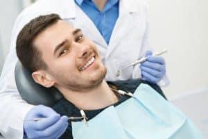 טיפולי שיניים לשיקום פה מלא