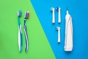 כל מה שחשוב לדעת על מברשת שיניים – כדי להבטיח טיפול יעיל בשיניים