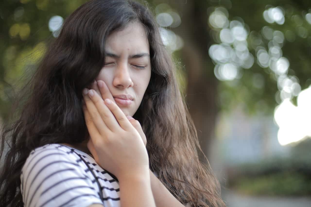 כאבים אחרי טיפול שורש – למה לצפות?