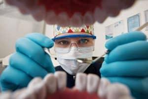 השתלות שיניים | שתלים דנטליים