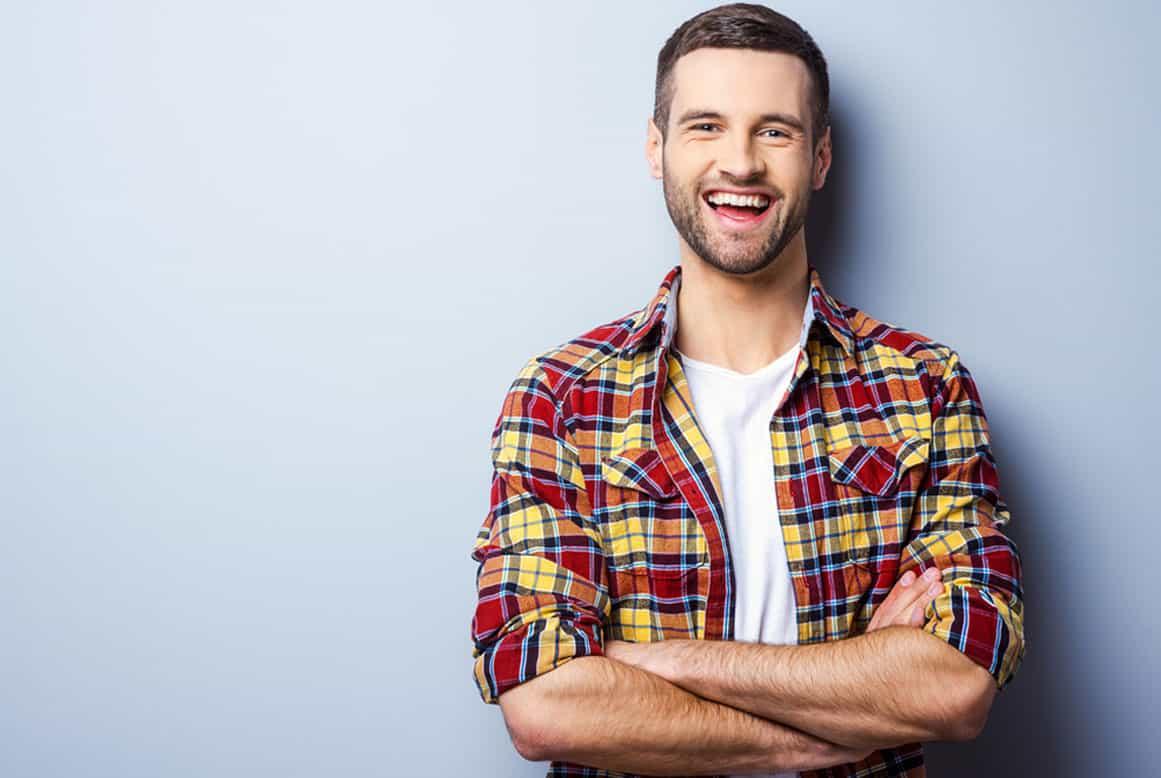 היבטים חשובים בהשתלות שיניים קדמיות