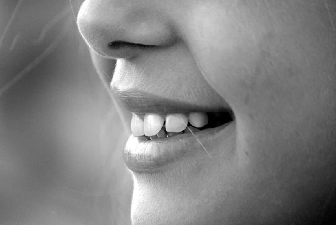 טיפול בשיניים סדוקות או שבורות
